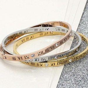 New Classic Gold Modern Roman Cuff Bracelet Bangle
